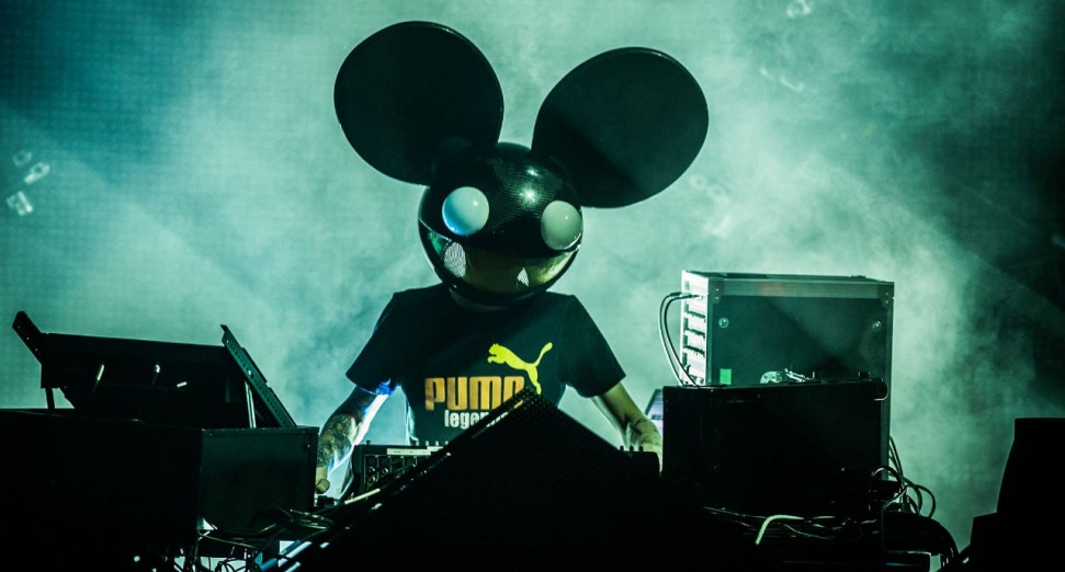 deadmau5_all_ages_show_with_orchestra