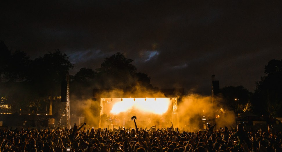"""UK festival season on """"red alert"""" over COVID-19 insurance issue warns AIF"""